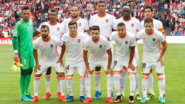 valencia team football 2017