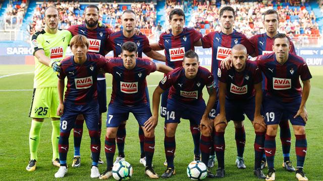 Eibar Football Team ( 2 )
