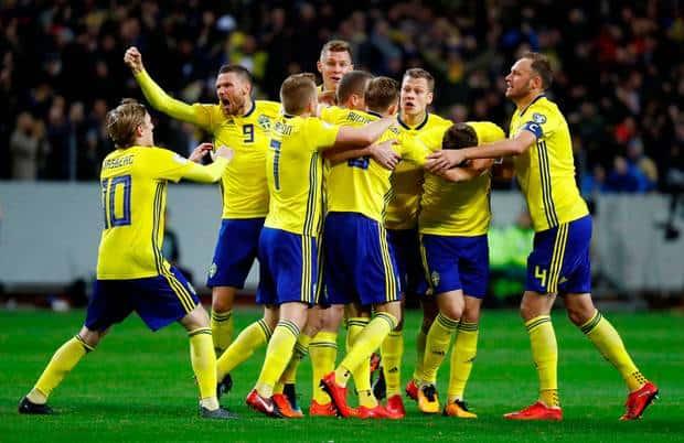 Sweda Football Team 1 </p> <p><img class=
