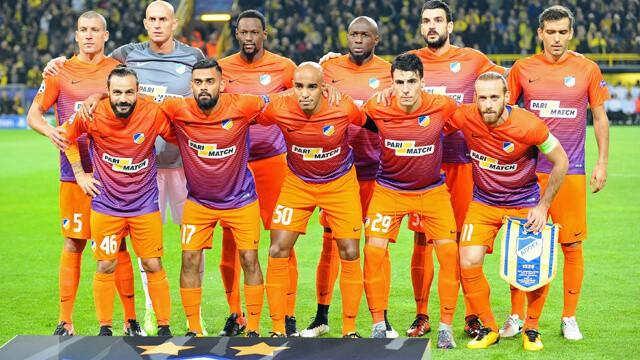 Tim sepak bola APOEL 2019