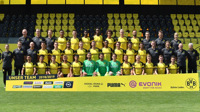 BORUSSIA DORTMUND football team 2019 jpg